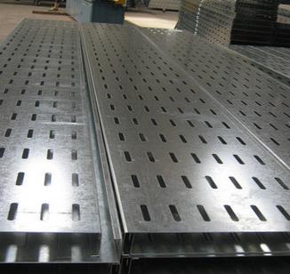 厂家直供镀锌防火喷涂1200*200槽式梯式托盘式电缆桥架