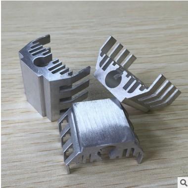 厂家供应开槽剖沟剖齿铝散热器 洁面仪用铝散热器 可定制