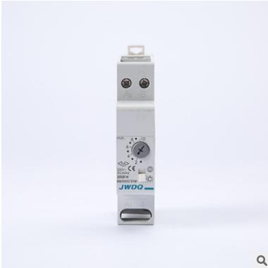 时间继电器小型断路器配套继电器导轨式时间继电器