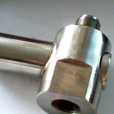 我公司生产过压保护器,如图所示(1)