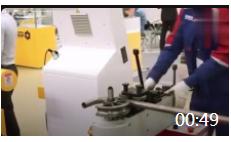00:49 德国工业展会上的自动弯管机, 让你一次性看的过瘾