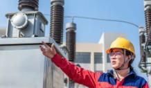 保变电气承制首批世界容量最大水冷柔直变运输到位